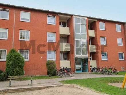 Unkompliziert investieren: Vermietete 3-Zimmer-Wohnung mit Balkon in Emden-Barenburg