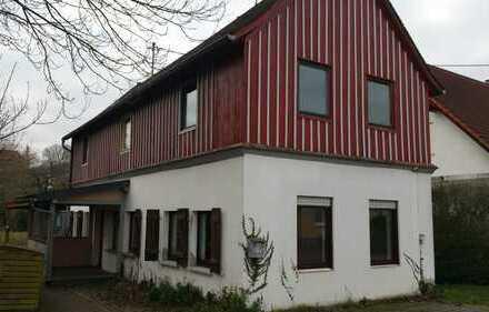 Freistehendes Einfamilienhaus mit großem Garten in Windesheim
