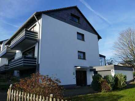Gepflegte Doppelhaushälfte mit großem Wintergarten in Wiblingwerde