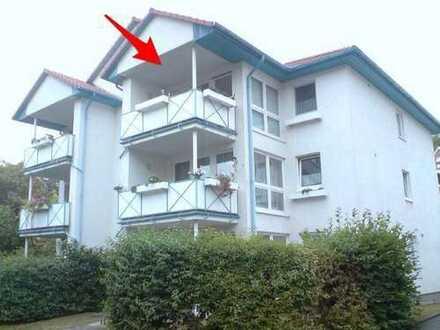 Moderne helle Penthouse-Wohnung mit Balkon und EBK zentral in Minden