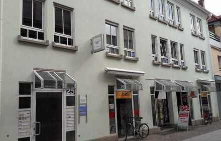 Schönes Stadtbüro im Zentrum von Landau