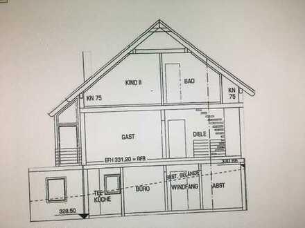 Freistehendes Einfamilienhaus mit 7 Zimmern in gehobener Ausstattung