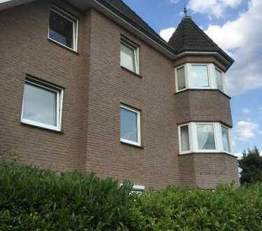 Gepflegte 3-Zimmer-Maisonette-Wohnung mit Balkon und EBK in Delmenhorst