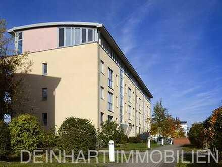 DI - schöne 2-Zimmer-Wohnung im Grünen mit Balkon