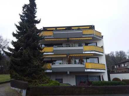 Ansprechende 2-Zimmer-Hochparterre-Wohnung mit Balkon und Einbauküche in Hessen - Bad Nauheim