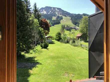Von der Skipiste direkt bis zur Terrasse fahren...Traumlage in Oberjoch