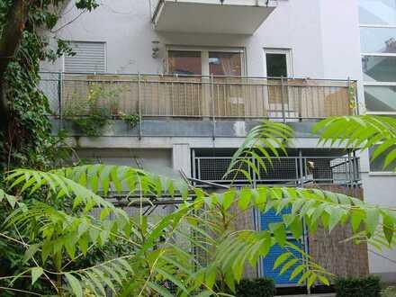 super zentral, super ruhig, super Balkon: 2 ZKBB im Zentrum von KA