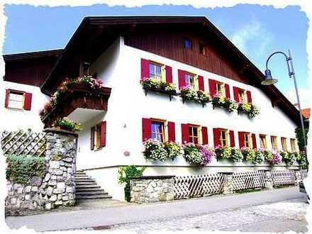 Sehr schöne gepflegte 2-Zimmerwohnung+Einbaukü che+Bad in bevorzugter Lage Füssen Faulenbach