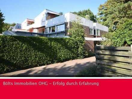 Ebenerdige Wohnung mit Garten und Doppelgarage Nähe Radio Bremen/Sendesaal