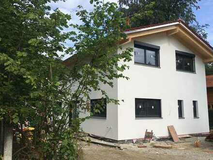 Erstbezug von privat - Einfamilienhaus in idyllischer und ruhiger Lage in Oberhaching/Oberbiberg