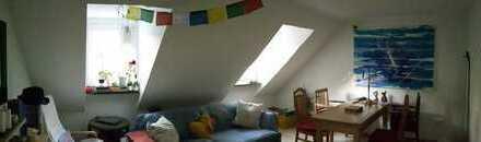 Schöne, gepflegte 3,5-Zimmer-Dachgeschosswohnung mit gehobener Innenausstattung in Bochum