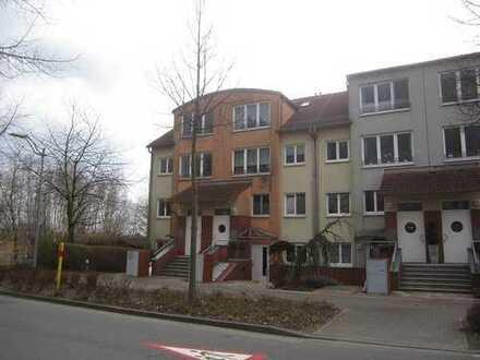 ZWANGSVERSTEIGERUNG - Vermietete Maisonette-Eigentumswohnung am süd-westlichen Berliner Stadtrand