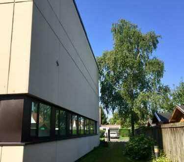 München - Büro und Fuhrparkgelände