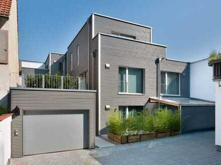 Exclusive Wohnung in ökologischer Bauweise inkl. hochwertiger Einbaumöbel