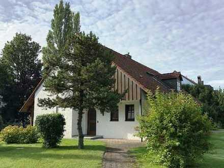 Großzügiges Einfamilienhaus auf herrlichen Grundstück in Karlsfeld