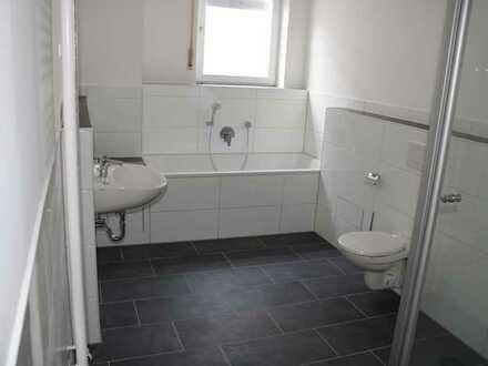 Modern - saniert - hell und viel Raum...