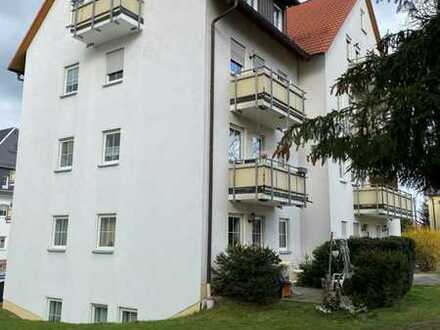 Preiswerte, gepflegte 4-Zimmer-Maisonette-Wohnung mit Balkon in Chemnitz