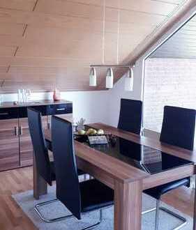 Preiswerte, gepflegte 3-Zimmer-Dachgeschosswohnung mit Loggia und EBK in Borken