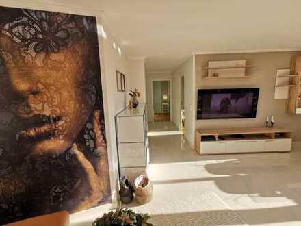 Exklusive, vollständig renovierte 3-Zimmer-Wohnung mit Balkon und Einbauküche in Landsberg am Lech
