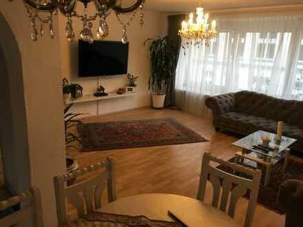 Schöne 90-qm-Wohnung in Essen zentrumsnah (Ostviertel), mit großer Küche und großem Wohn-Esszimmer