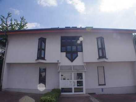 Ältere Hausgemeinschaft sucht neuen Mitbewohner: 2-Zimmer mit Balkon in Nußloch
