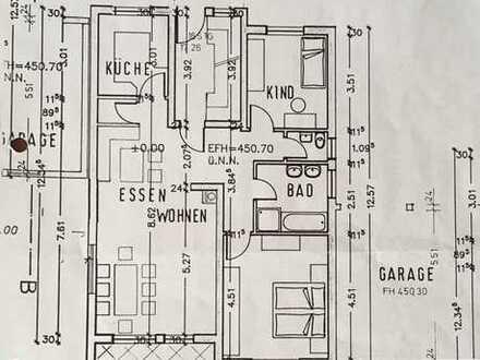 Gepflegte Wohnung mit dreieinhalb Zimmern und Einbauküche in Ellwangen (Jagst)