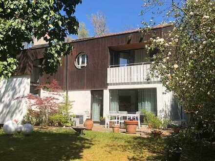 Schöne Architekten-DHH auf herrlichem Grundstück in Dießen am Ammersee