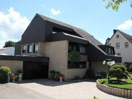 --PROVISIONSFREI-- Hochwertiges Einfamilienhaus mit Einliegerwohnung in Bielefeld Brackwede