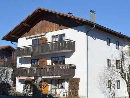Seehausen: Ruhige 2-Zimmer-Wohnung mit Balkon und Tiefgaragenstellplatz