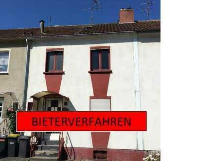*** BIETERVERFAHREN***Einfamilienreihenmittelhaus in ruhiger Lage von Gelsenkirchen-Heßler!!!***