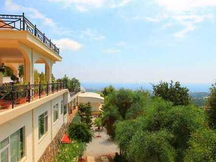***Wunderschöne Villa mit Gästehaus mitten in der Natur***