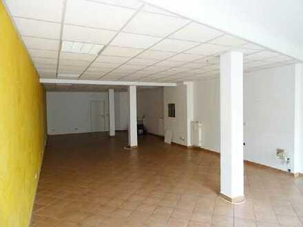 Coswig - Hauptstraße // 105 m² für Laden, Büro, Praxis....