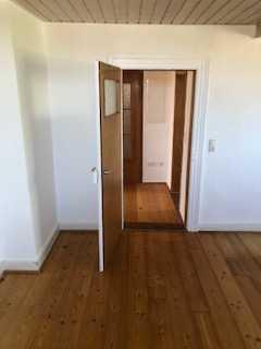 Erstbezug nach Sanierung mit Terrasse: freundliche 3-Zimmer-DG-Wohnung in Kirchheimbolanden