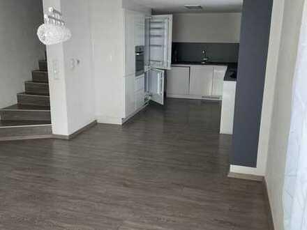 Bezugsfertiges Einfamilienhaus mit wunderschönem Studio