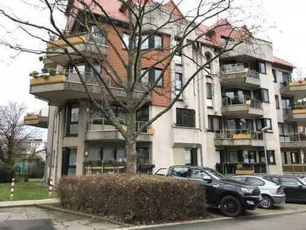 Essen Südviertel, frisch renovierte, schicke 2 Zimmer-Wohnung mit neuem Duschbad, Balkon, Tiefgarage
