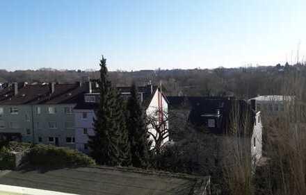 LICHTDURCHFLUTETE, SCHÖNE drei Zimmer Wohnung in Hagen, Altenhagen mit schönem Ausblick