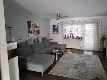 Großzügige 3,5-Raum-Wohnung mit Balkon und Einbauküche in Nattheim zu vermieten