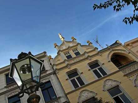 Topsanierte Whg. mit riesiger Dachterrasse in wunderschönem Altbau in der beliebten Michaelstraße