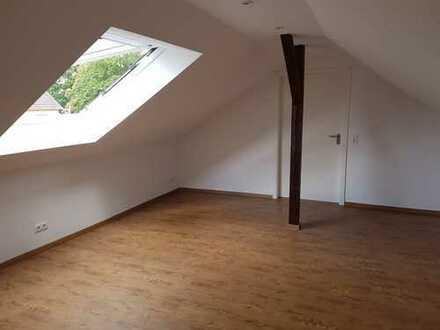 Ruhige helle Maisonette Wohnung sucht neue Bewohner