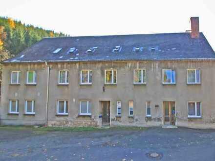 Mehrfamilienhaus in ländlicher Idylle mit viel Potential