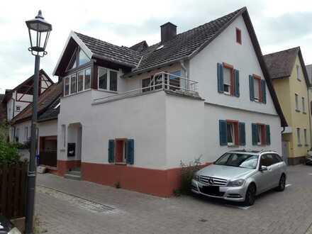 Sehr ruhige und schöne drei Zimmer Wohnung in der Altstadt von Endingen