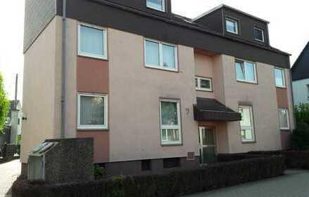 Gepflegte 3,5-Zimmer-Dachgeschosswohnung mit Balkon und Einbauküche in Castrop-Rauxel