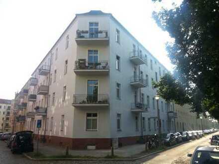 Bezugsfreie 4-Zimmer-Whg im sanierten Altbau nahe Hauptbahnhof
