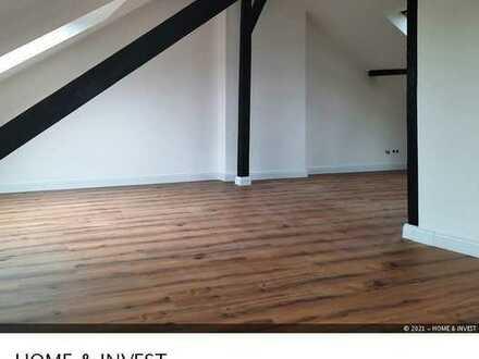 **Frisch renoviert und modernisiert - Ausgefallene DG-Wohnung in Borbeck**
