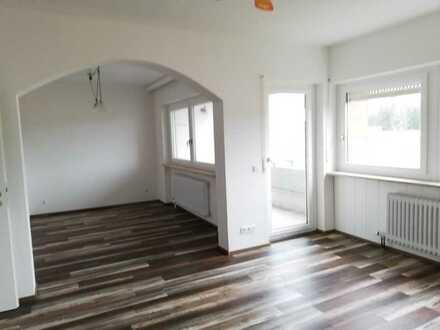 Erstbezug nach Sanierung mit Einbauküche und Balkon: attraktive 4-Zimmer-Wohnung in Lindenberg