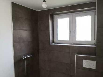 Erstbezug nach Sanierung: freundliche 3-Zimmer-Wohnung mit Einbauküche in Delmenhorst