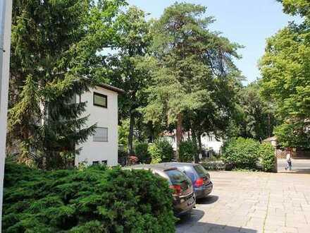 2 Zi. App. mit 60 qm Gartenterrasse in zentraler Lage im Grunewald