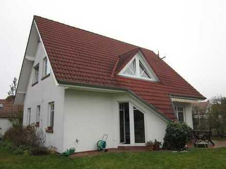 1.050 €, 120 m², 4 Zimmer