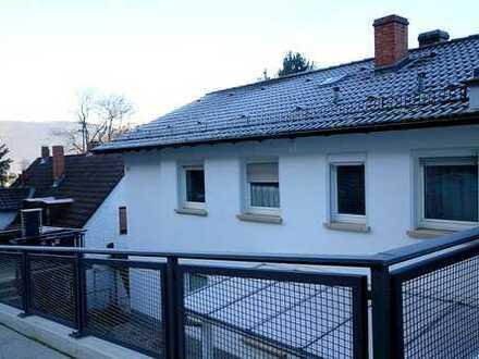 Viel Sonne und Top Aussicht: 4-Zimmer-Wohnung mit Wintergarten in Ziegelhausen in ruhiger Lage