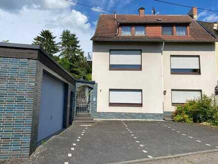Freistehendes 1-2 Familienhaus mit großem Garten und Doppelgarage in Bendorf zu verkaufen